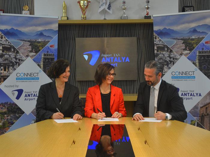 2020-host-antalya-signing