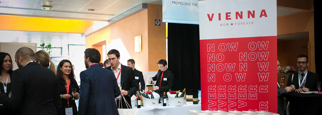 <em>Exhibition & Sponsorship</em>Aperitifs, free massages, competitions... the exhibition area was buzzing in Ajaccio!